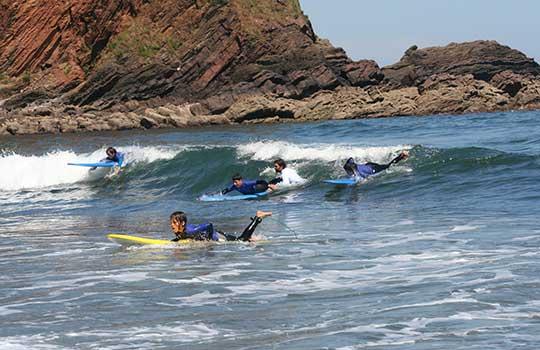 Surf Menores en RuralSurf